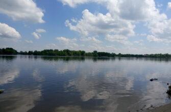 Красивая фотографи реки Днепр
